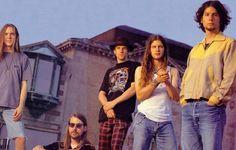 Os anos 90 que já não voltam: a música dos que partiram cedo demais