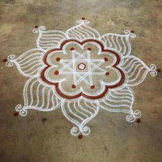 Simple Rangoli Designs Images, Rangoli Designs Diwali, Rangoli Designs With Dots, Kolam Rangoli, Flower Rangoli, Rangoli With Dots, Beautiful Rangoli Designs, Easy Rangoli, Rangoli Borders