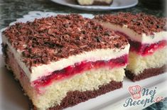 leicht : Joan's Sour Cream Coffee Cake French Coconut Pie, Sour Cream Coffee Cake, Fingerfood Party, Party Finger Foods, Fruit Tart, Easy Cake Recipes, Cakes And More, Bakery, Cheesecake