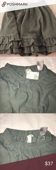 Green Ruffled Skirt Cute army green ruffled skirt H&M Skirts Mini