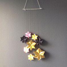 #sneakpeek #ludorn #paper #paperart #origami #star #stars #christmas #christmasstars #folding #brass