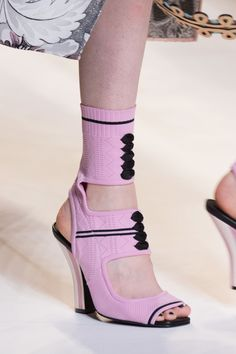 Fendi | Spring 2017 Details theimpression.com