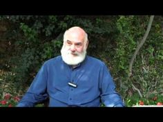 Dr. Andrew Weil talks The Dirty Dozen;   The natural health and wellness expert discusses how he uses Environmental Working Group's (EWG) Shopper's Guide to Pesticides.
