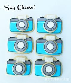 Double-Decker Camera Cookies – Bee In Our Bonnet Sugar Cookie Royal Icing, Iced Sugar Cookies, Cupcake Cookies, Camera Cakes, Biscuits, Gifts For Photographers, Cut Out Cookies, Cookie Jars, Cookie Box