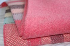 Merino kašmírová deka – ružová | PODDEKOU Blankets, Blanket, Cover, Comforters
