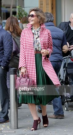 Fotografía de noticias : Naty Abascal is seen on December 1, 2015 in...