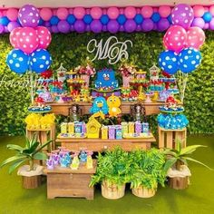 Birthday Decorations, Birthday Party Themes, Safari Theme Party, Carnival Themes, Candy Colors, Party Time, First Birthdays, Alice, Diy Crafts