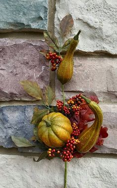 Check out this item in my Etsy shop https://www.etsy.com/listing/244310336/item-34-fall-pick-with-gourds24-fall