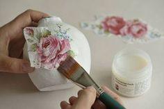Τι είναι το Decoupage / Ντεκουπάζ. Οδηγίες - Συμβουλές - Εφαρμογή - Toftiaxa.gr - Φτιάξτο μόνος σου - Κατασκευές DIY - Do it yourself Diy Craft Projects, Diy And Crafts, Crafts For Kids, Projects To Try, Craft Ideas, Decoupage Vintage, Romantic Homes, Easter Eggs, Wall Decor