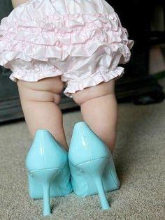 Baby photo shoot idea for girl. Prettiest legs ever!!!