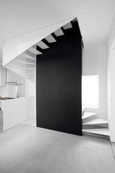 여러분은 어떤 집에 살고 싶으신가요? 대학에서 주택설계 수업을 해온 지 꽤 되었는데요. 1학기의 주제는 ...