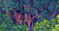 Photographer+Spots+an+Uncontacted+Tribe+in+the+Amazon
