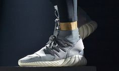 online retailer 7dcd9 6a8d6 Ricardo Tisci x Nike Multicolor Flyknit