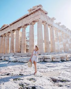 The Parthenon / The Acropolis / Athens, Greece Greece Photography, Travel Photography, Travel Pictures, Travel Photos, Places To Travel, Places To Visit, Greece Outfit, Greece Pictures, Foto Pose