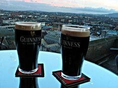 The Guinness Factory Gravity Bar. Dublin, Ireland.  Enjoy a pint of Guinness and look over Dublin from this bar. Hiri guztia ikusteko toki bat Guiness museoan