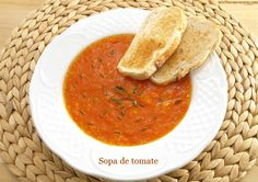 ¡Me encanta el tomate!, ya sea crudo, frito, asado, en salsa, gazpacho, … y ahora, en esta sopa riquísima. Ahora que llega el calor lo consumimos bastante más y siempre está presente en nuestras ensaladas y sobre todo en el … Continuar leyendo →