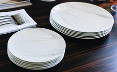 KITCHEN & DINING: GIO and Simply Wish collections by Wedgwood plates