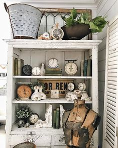 """2,340 Likes, 36 Comments - Liz Marie Blog (@lizmariegalvan) on Instagram: """"Is there such thing as too many collections? My vintage clocks might be my favorite.…"""""""