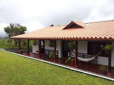 Spanish style homes – Mediterranean Home Decor Spanish Home Decor, Spanish Style Homes, Spanish House, Village House Design, Kerala House Design, Village Houses, Hacienda Homes, Hacienda Style, Style At Home