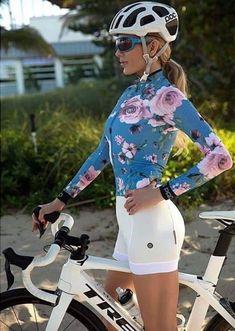 Girls and Bikes Forever Womens Cycling Kit, Cycling Wear, Cycling Girls, Cycling Outfit, Cycling Clothing, Cycling Shorts, Bicycle Women, Road Bike Women, Bicycle Girl