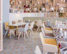 Alleen maar happy vibes in The Joke Hotel in Parijs - Roomed