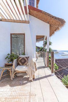 Dream Beach Houses, Small Beach Houses, Tropical Beach Houses, Malibu Beach House, Beach House Hawaii, California Beach Houses, House On The Beach, White Beach Houses, Modern Tropical House
