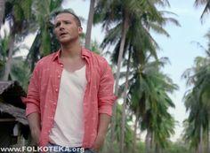 "NOVI SPOT: Saša Kovačević - ""Živim da te volim"" (OFFICIAL VIDEO 2015)Nakon promocije fantastične pesme ""Rođendan"", Saša Kovačević danas je objavio spot."