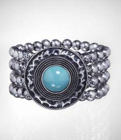 center pendant stretch bracelet