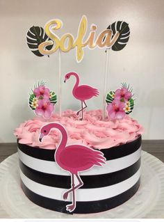 Birthday cake 13 Birthday Cake, Luau Birthday, Birthday Parties, Flamingo Cake, Flamingo Birthday, Flamenco Party, Aaliyah Birthday, Tropical Party, Luau Party