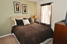 Regal Palms Resort Vacation Home Bedroom -- Enjoy the benefits of your own private vacation homes PLUS the benefits of a resort all at the same time! #vacation