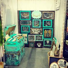 Amazing use of colour. Craft show Vendor created a product collection using turquoise, white and gold and then created their craft show booth display around those colors.