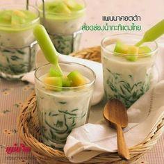 กุ๊กเบริด: ขนมไทย แพนนาคอตต้าลอดช่องน้ำกะทิแตงไทย