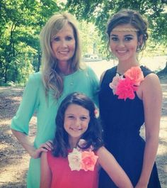 Duck Dynasty's bella and sadie