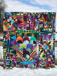 In the Garden - pieced by Kim Lapacek and quilted by Frank Palmer - an official 2019 Strip Quilts, Patch Quilt, Scrappy Quilts, Applique Quilts, Quilting Projects, Quilting Designs, Quilting Ideas, Quilt Modernen, Colorful Quilts
