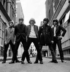 The Yardbirds, Ormond Yard, London 1966. Photo- Gered Mankowitz.