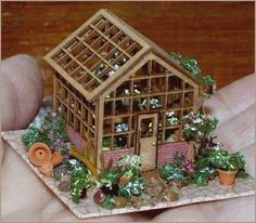 Scale Greenhouse by Bobbie Schoonmaker 49 qw Miniature Greenhouse, Miniature Plants, Miniature Houses, Miniature Dolls, Mini Greenhouse, Mini Houses, Miniature Gardens, Fairy Gardens, Diy Dollhouse