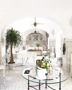 """SHOW & TELL 