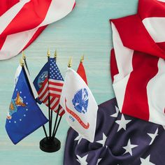 Buy our Armed Forces 6 Flag Desk Set made of poly-cotton. Show your gratitude for your soldiers with our military flags from the United States Flag Store. Coast Guard Flag, Military Flags, Flag Store, Desk Set, Flag Decor, Patriotic Decorations, Armed Forces, Banners, Arms