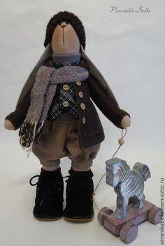 Купить Зайка Тильда c лошадкой - хлопок 100%, текстильная кукла, текстильная игрушка