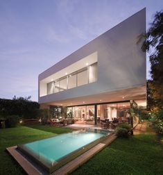 Completed in 2014 in San Isidro, Peru. Images by Juan Solano Ojasi. House M is located on a corner plot overlooking a public park, about a mile away from the coast, in Lima's 1950´s traditional residential...