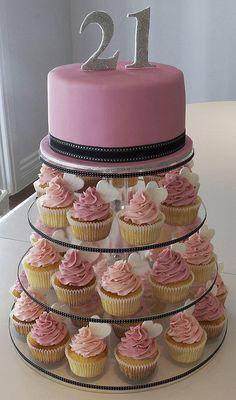 Beautiful idea for a 21st cake