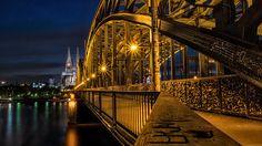 Hohenzollernbrücke und der Dom bei Nacht by Christian März on 500px