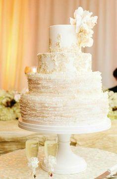 Featured Photographer: Katie Stoops Photography; Wedding cake idea.