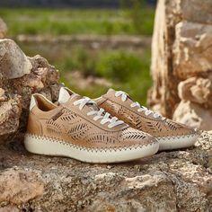 b1e3e130 Las 10 mejores imágenes de Zapatos pikolinos   Flat Shoes, Flats y ...