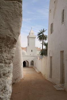 (via Ghadamis | Flickr - Photo Sharing!)  Ghadames, Libya
