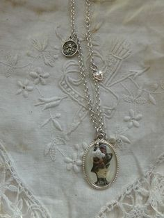 collier retro-Totally love vintage/victorian