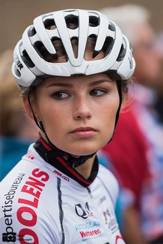 Image result for La jolie Hollandaise Puck Moonen
