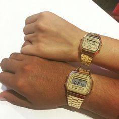 Casio Vintage gold Available Casio Gold Watch, Casio Vintage Watch, Vintage Watches, Golden Watch, Casio Digital, Girlie Style, Hand Watch, Matches Fashion, Stylish Watches