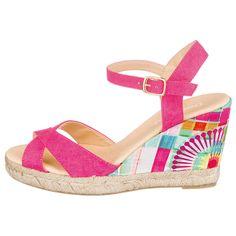 Diese schlicht eleganten Desigual BAHIA Sandaletten werden zum tollen Alltagsbegleiter an heißen Tagen. Der bunt bedruckte Keilabsatz setzt einen modischen Hingucker.
