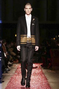 Givenchy Menswear Fall Winter 2015 Paris - NOWFASHION